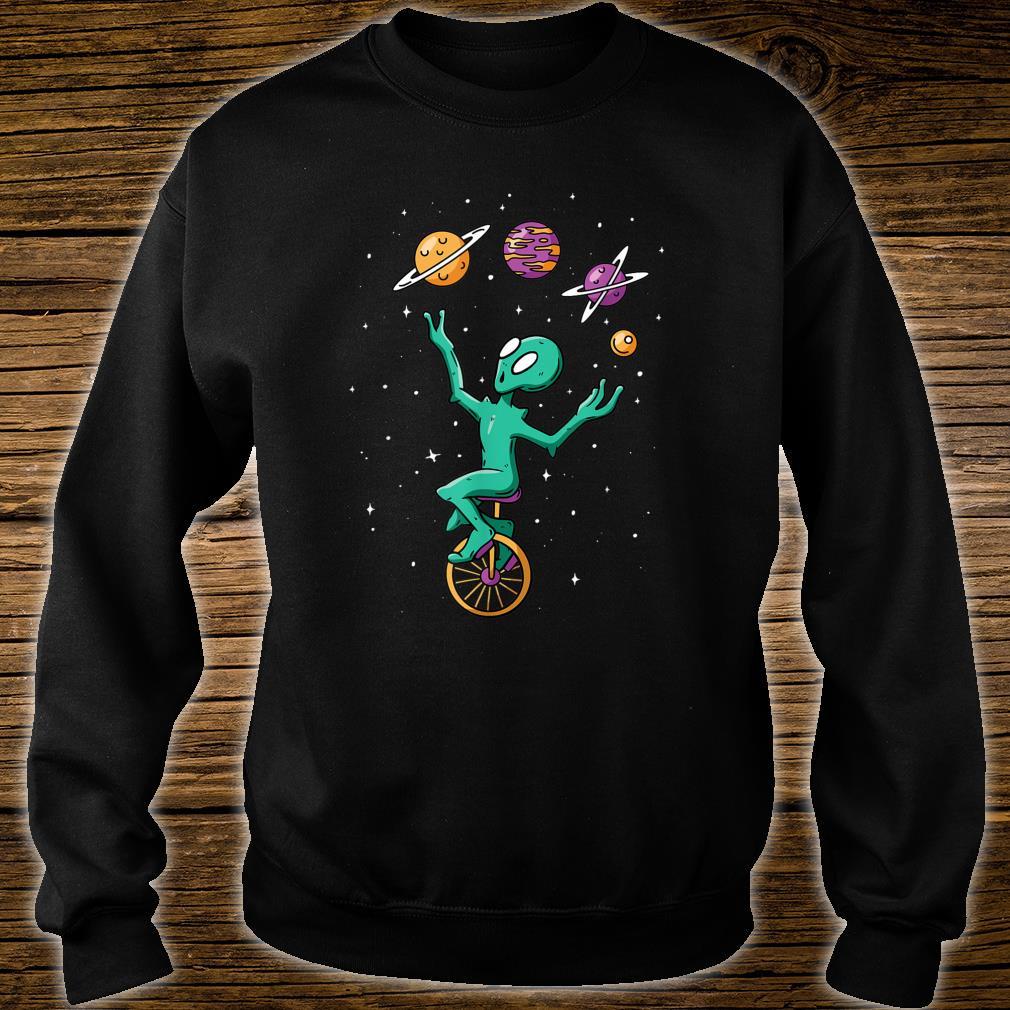 Funny Alien Juggler Recreation Entertainment Martian Circus Shirt sweater