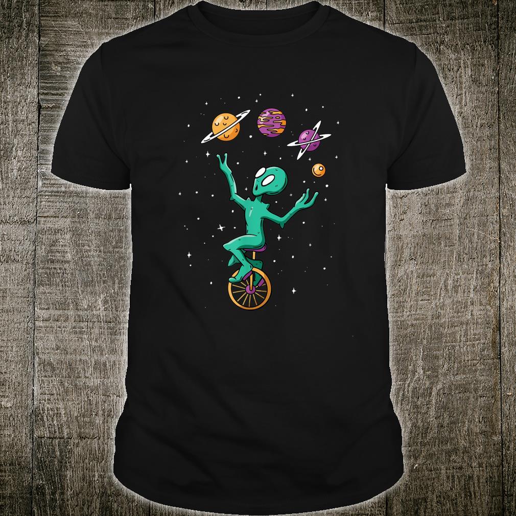 Funny Alien Juggler Recreation Entertainment Martian Circus Shirt